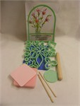 Wilton set 32 p. gum paste flower making